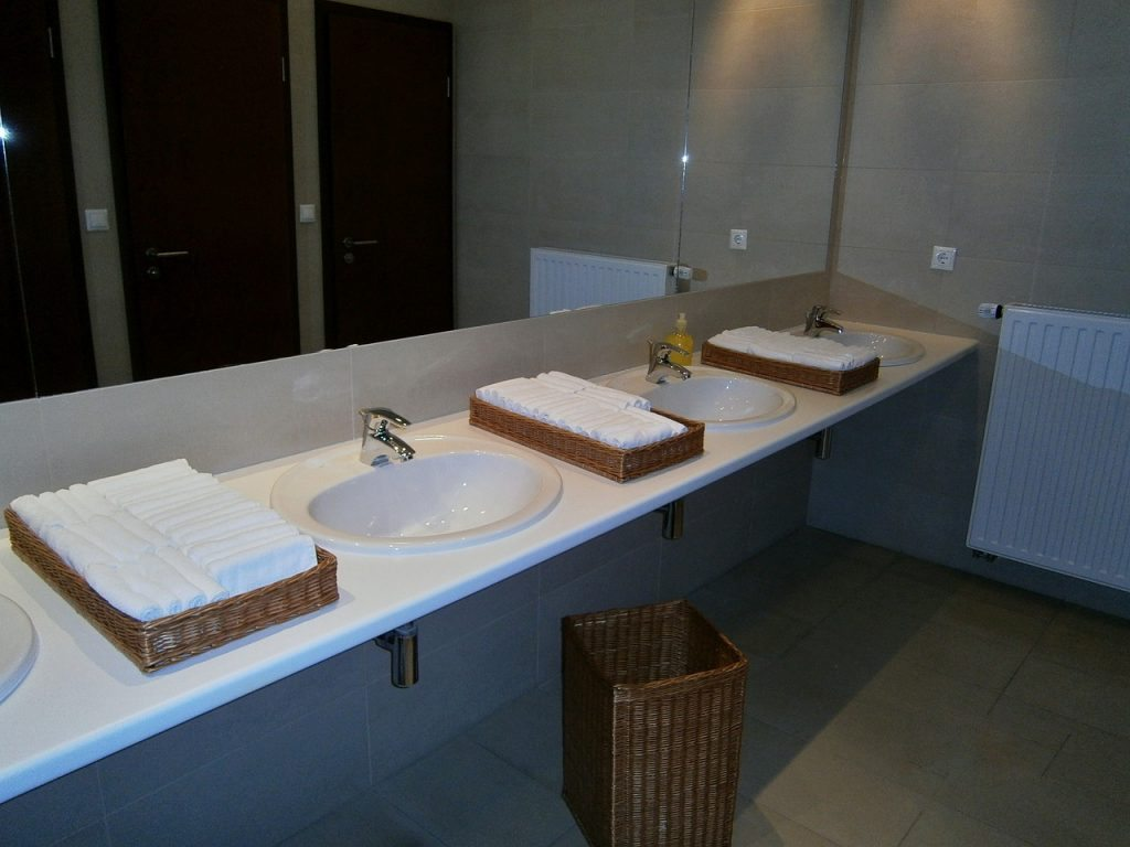 What Kind Of Cleaning Business Insurance Do You Need Janitorial - Bathroom cleaning business